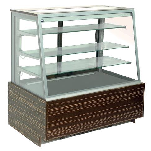amaretto serve over chilled counter